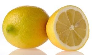 Agua-con-limón-para-adelgazar