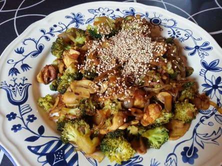 fideos shirataki salteados - receta vegana