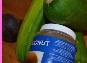 Ingredientes del salteado de calabacín con aceite de coco