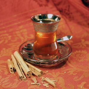 Infusión de canela y miel para adelgazar