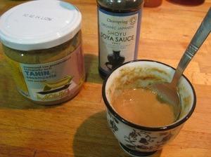Preparando la salsa de tahini