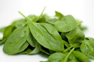 La pasta de esta receta adquiere un bonito color verde