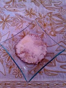 Tortita de trigo sarraceno y avena con mantequilla ecológica y sirope de ágave