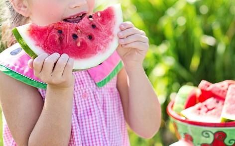 comer frutas naturales ricas en enzimas ayuda a adelgazar con salud