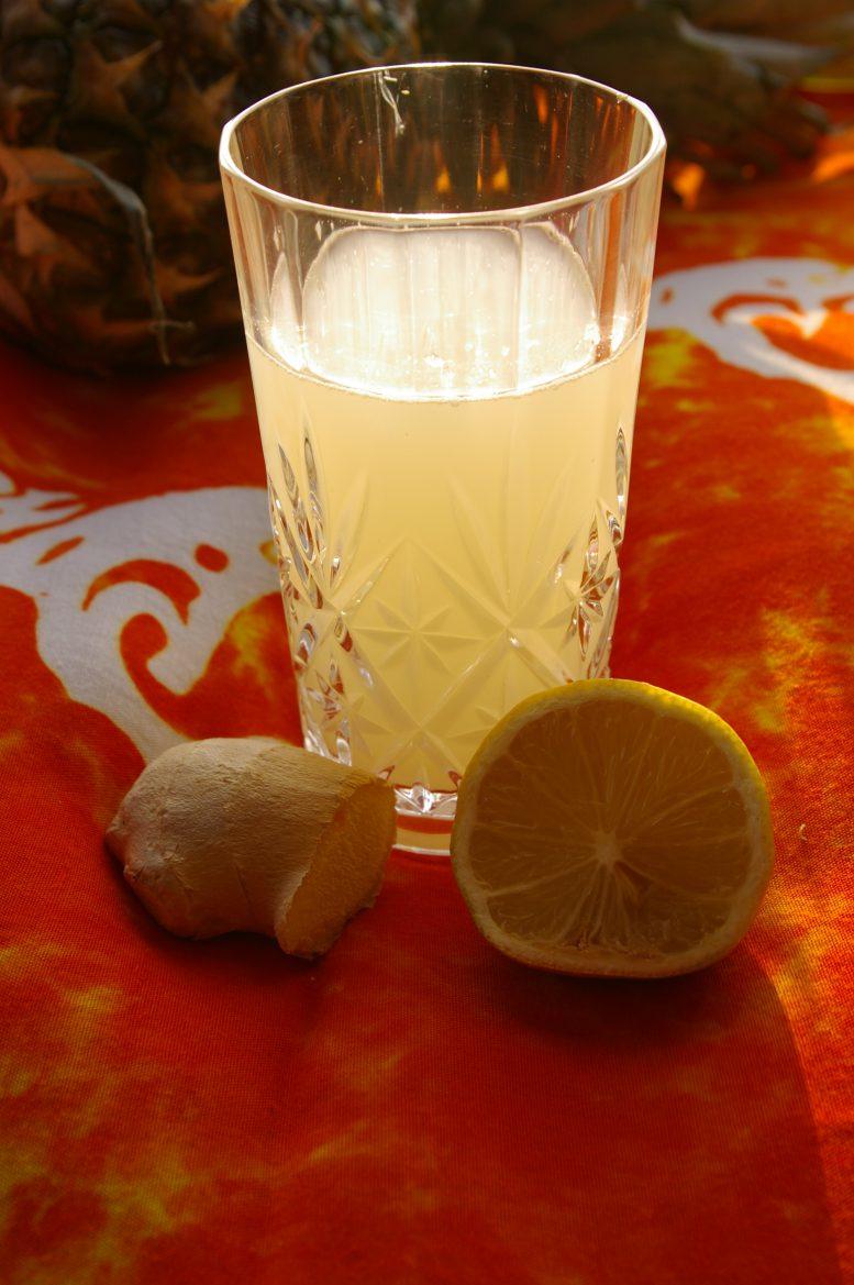 bebida-detox-con-jengibre