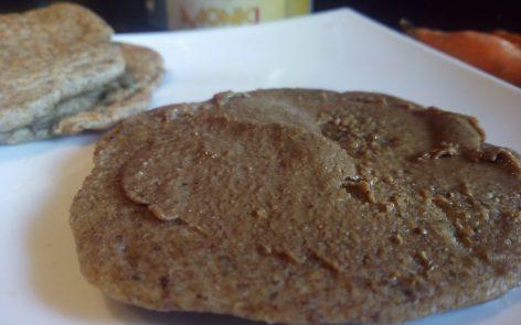 Tortitas de avena y chia con tahini